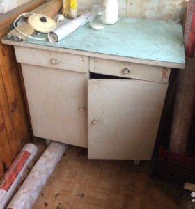 Стол кухонный комод