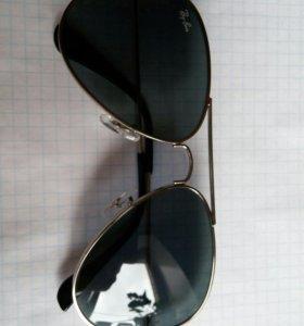 Солнцезащитные очки рейбан