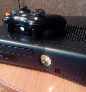 Xbox360slim 250gb + GTA