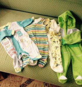 Детская одежда от рождения и до полугода