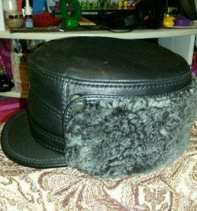 Новая кожанная зимняя шапка