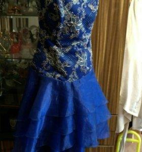 Нарядное платье с корсетом