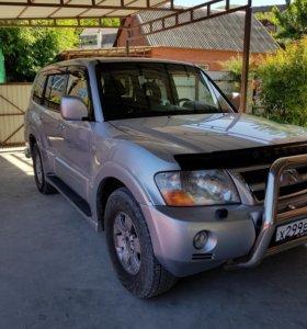 Мицубиси паджеро 3.2 дизель.автомат 2004 года