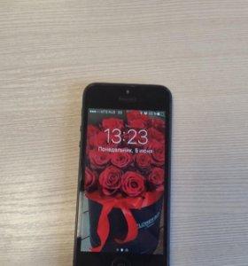 Продам iPhone 5 на 16 g.