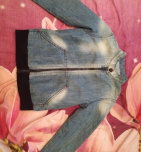 Куртка джинсовая...104-110