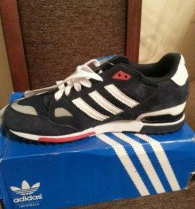 Кроссовки новые Adidas originals