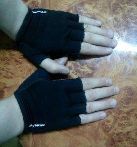 Перчатки для бодибилдинга