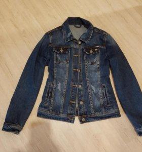 Джинсовая куртка, джинсы  DSQUARED2