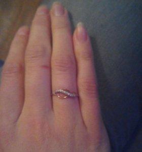 Кольцо золото 585 камни настоящий фианит