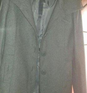 Продам фирменое пальто motivi хорошего качества