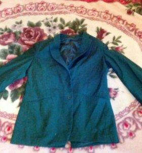 Пиджак зелёный