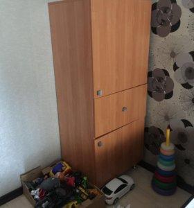 Шкаф, комод, тумбв