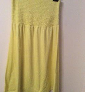 Трикотажное платье без бретель