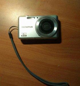 Цифровой фотоаппарат OLYMPUS + два чехла