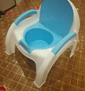Горшок-стульчик очень удобный !