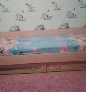 2 кровати детские