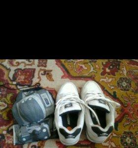 Кросовки на колёсиках и защита