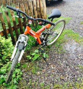 Велосипед горный Foxx Explorer