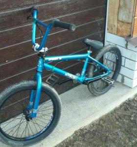 Велосипед BMX stels saber s1