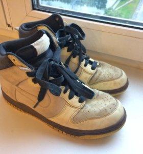 Олдскульные кроссовки Nike Air Dunk