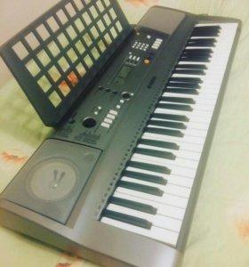Синтезатор Клавишный YAMAHA PSR-R3000
