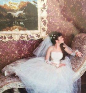 Продаю 2 свадебных платья