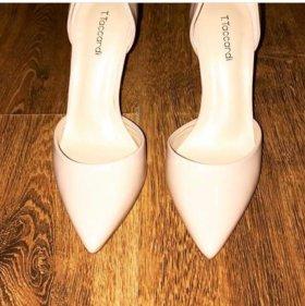 Туфли новые 36-36,5