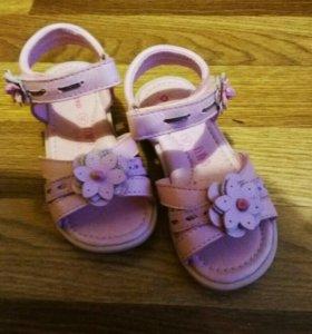 Детские сандали 26 р-р