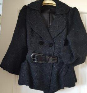 Укороченное пальто с люрексом
