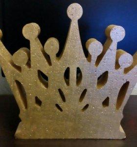 Корона из пенопласта