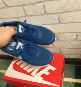 Кроссовки wmns nike AIR MAX thea Nike