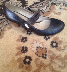 Туфли для девушек/ размер 38