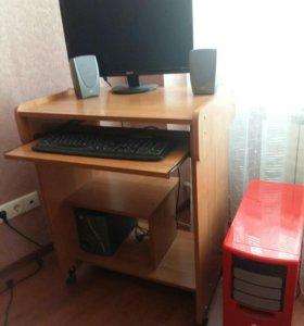 Стол компьютерный (L- 750, H-750).