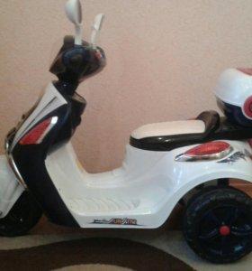 Мотоцикл для ребенка на электро ходу