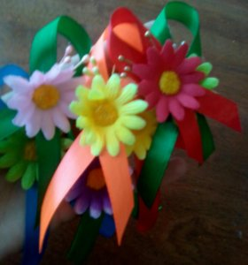 Цветочки свадебные для гостей