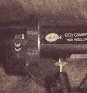 Видеокамера с обьективом