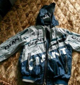 Ветровка и куртка на мальчика 7-8 лет