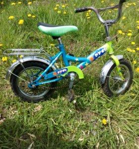 Детский велосипед. Колеса 12.