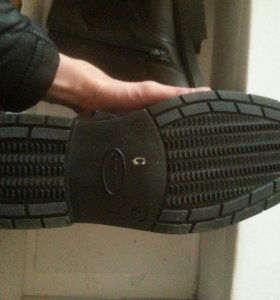 Ботинки осенние(новые)