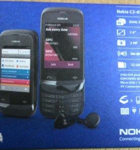 Телефон Nokia C2-03.
