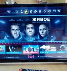 LED телевизор Samsung UE32F4500AK