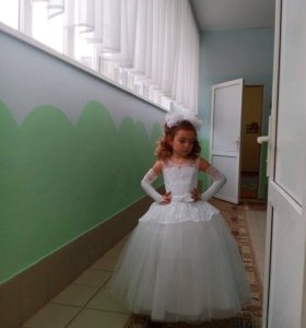 Шикарное детское платье