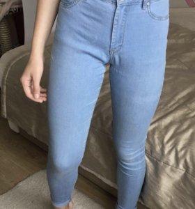 джинсы светлые новые