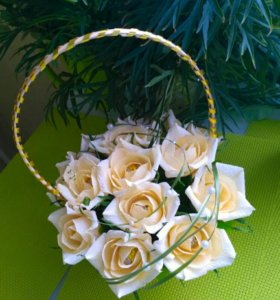 32 см Корзинка с цветами (конфеты)