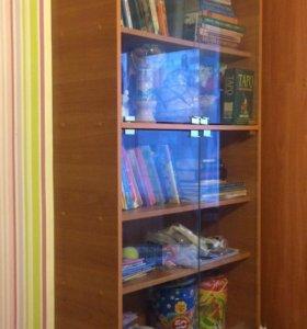 Стеллаж, книжный шкаф