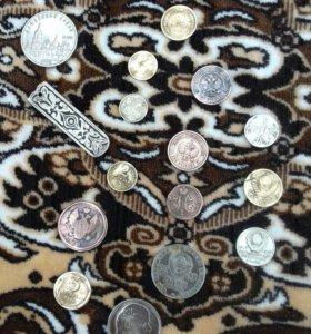 Монеты цены разные