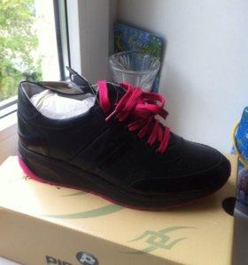 Кожаные кроссовки ralf новые
