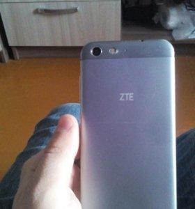 ZTE X7