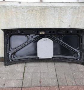 Крышка багажника BMW 83 г б/у