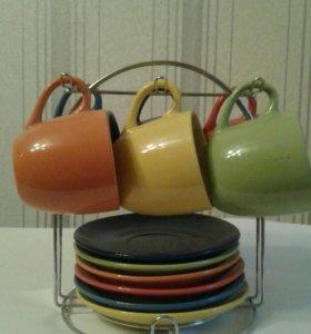 Продам набор цветных чашек с блюдцами